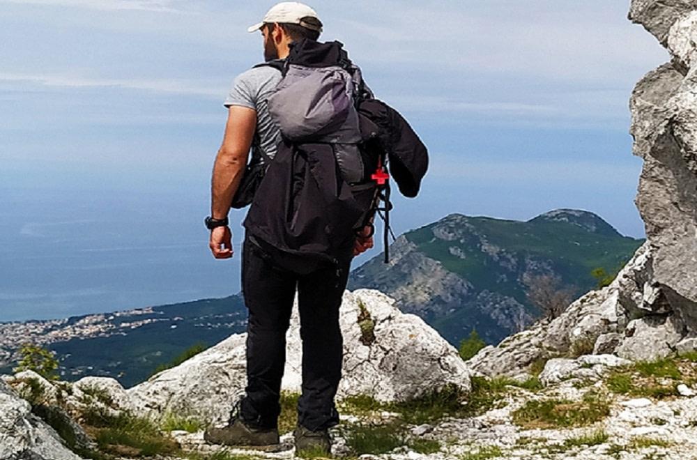 cBar, markiranje planinskih staza fot B.Dabic.jpg 1