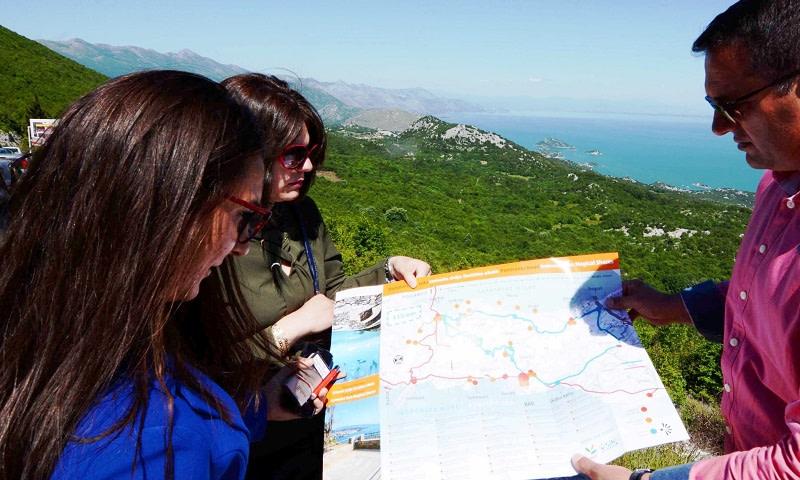 AVE tours vodi vas Panoramskom rutom između dvije čarobne obale